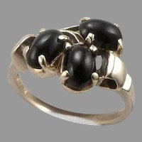 Vintage 10K Yellow GOLD 3-Stone Black Onyx Cabochon Ring 2.6 Grams Size 4.75