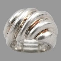 Vintage STERLING Silver Cast Ribbed Wave Dome RING Heavy 7.6 Grams Size 5 Estate