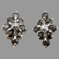Vintage 14K Yellow GOLD 0.81tcw Blue SAPPHIRE Diamond Pierced Stud EARRINGS 2g