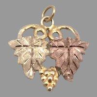 Vintage 10K Gold Black Hills Gold Pendant Grapes Grape Leaf Design Charm 1 Gram