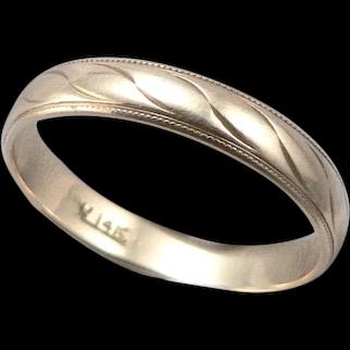 Vintage 14K Yellow GOLD Ornamental 4mm Wedding Ring Band 2.9 Grams Size 10.25