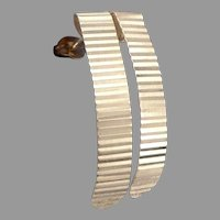 Vintage 14K Yellow GOLD Reeded J Form Pierced Drop EARRINGS 1.3 Grams Estate