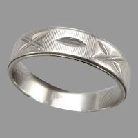 Vintage 10K White GOLD 4.8mm Wide Band Ring 2 Grams Size 6 Bright Cut Estate
