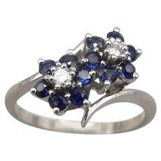 Vintage 14K White GOLD Blue Sapphire Diamond Flower Bypass RING 2.9g Size 6.25