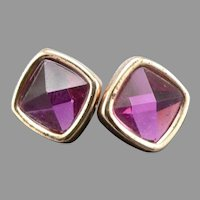 MARC JACOBS Fuchsia Pyramid Jewel Pierced Stud EARRINGS on Card Goldtone Estate