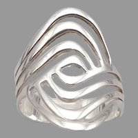 Vintage STERLING Silver Openwork Ring Modernist 4.9g Ripple Wave Clasped Hands
