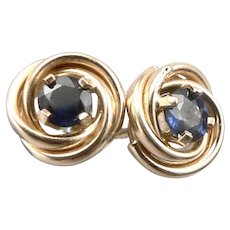 Vintage 14K Yellow GOLD 0.68tcw Blue Sapphire Pierced Stud EARRINGS 1.6g Knot