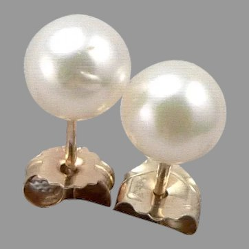 Vintage 14K Yellow GOLD 5.5mm Cultured Pearl Solitaire STUD Pierced EARRINGS .7g