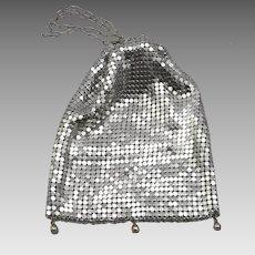 Vintage Aluminum Metal Mesh Purse Evening Bag Silvertone Chain Cinch Closure