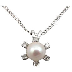 Vintage 14K White GOLD 6.2mm Cultured Pearl 6-Stone .10ctw Diamond Surround Pendant on Chain Necklace