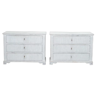 Swedish Pair of Painted and Reeded Three-Drawer Chests