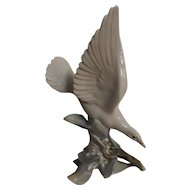 Lladro 'Turtle Dove' 4550