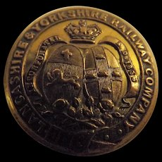 Lancashire & Yorkshire Railway  Gilt Brass Tunic Button
