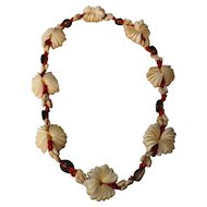 Stunning Fijian Shell Necklace - Circa 1970