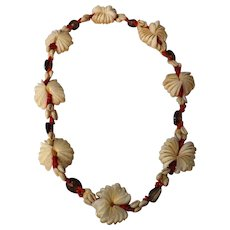 Stunning Fijian Shell Necklace - Circa 1970
