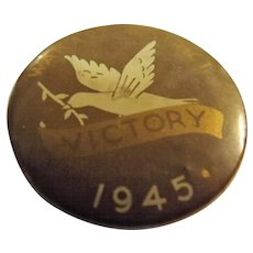 A WWII  1945 Tin Victory Badge -Wakari District - Dunedin- New Zealand