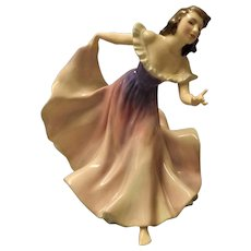"Royal Doulton ""A Gypsy Dance"" HN 2157"