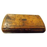Georgian Burr Walnut Snuff Box