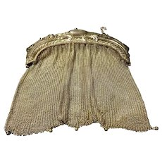 Splendid Victorian Era Ladies Ornate Silver Plated Mesh Shoulder Bag