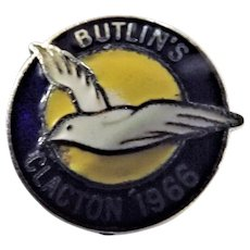 Vintage BUTLINS Holiday Camp Badge Clacton 1966