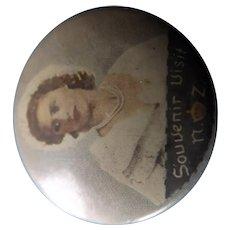Queen Elizabeth Tin Back Badge Souvenir 1953-54 New Zealand Tour