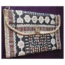 Ravishing Vintage TAPA Cloth Kete or Handbag From The Pacific Islands
