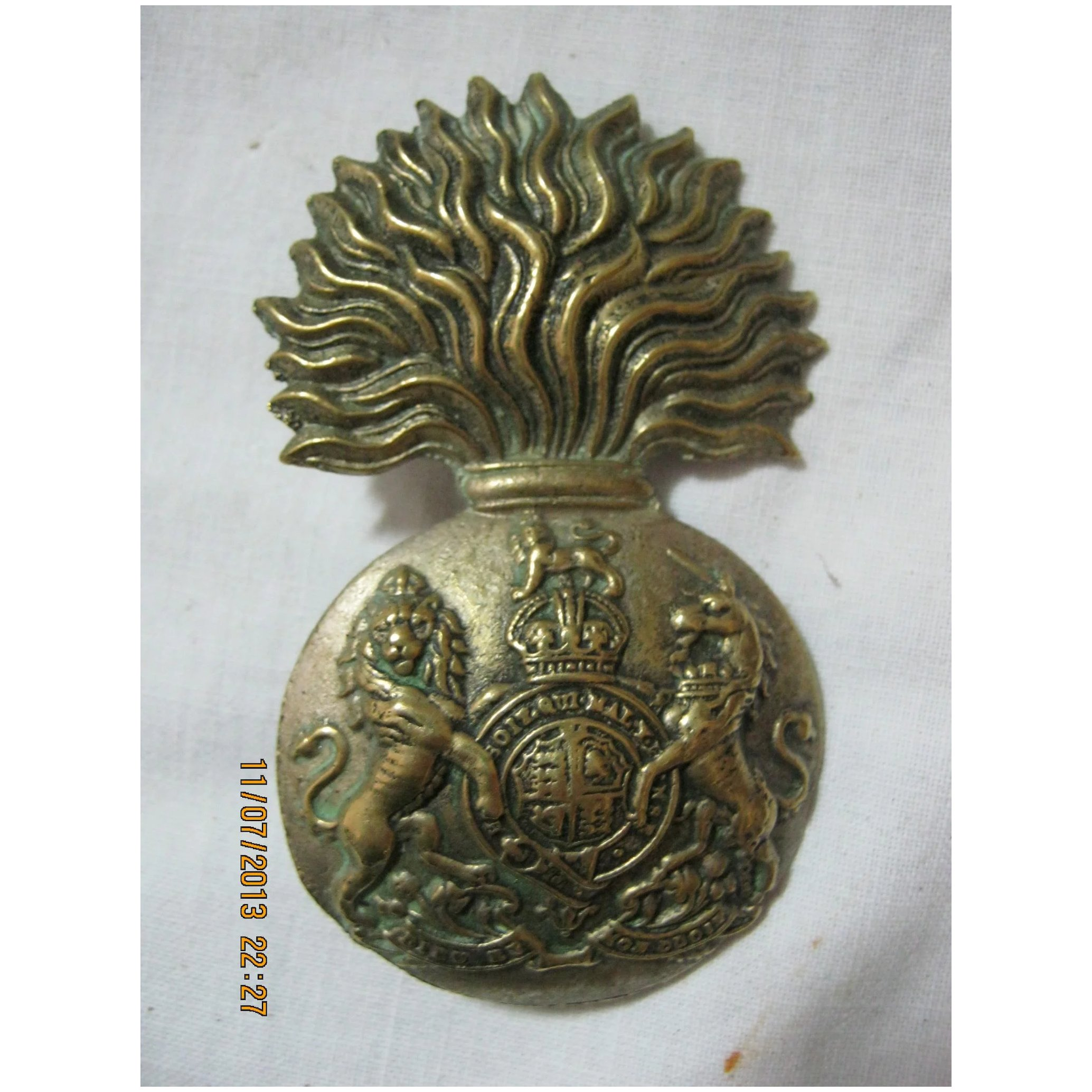 WWI Royal Scots Fusiliers Glengarry Badge