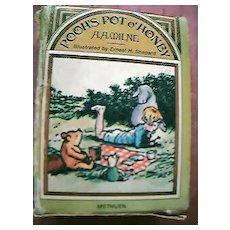 Pooh Bear Mini Book Set 1976