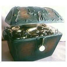 Jim Beam Treasure Chest Decanter