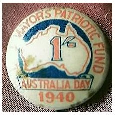 WW11 Australian Patriotic Tin Badge Fund Raising