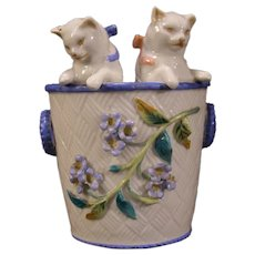 LG 19 c Antique German Meissen Dresden Kittens Vase Cat Figure Statue Sculpture