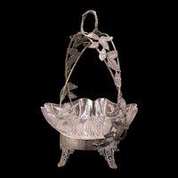 1800's Victorian Bride Basket Silver Relief Figure Glass Center Piece Fruit Bowl