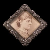 19 c Victorian Embossed Bas Relief Silver Picture Cabinet Card Photo Easel Frame