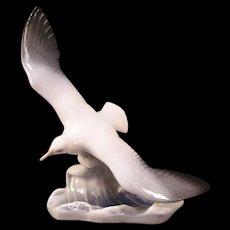 Vintage ROSENTHAL German Selb Porcelain FRITZ HEIDENREICH Statue Seagull Figure