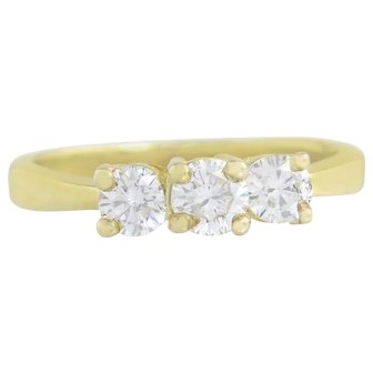 Vintage Estate 14K Yellow Gold .76ct Genuine Diamond Engagement 3 Stone Ring