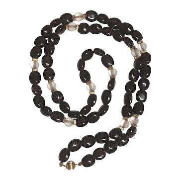 Vintage Garnet & Frosted Glass Bead Necklace With 14k Gold Clasp