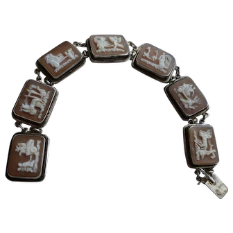 Camexco & C Chariot Scenes 7 Day Vintage Shell Cameo Silver Bracelet