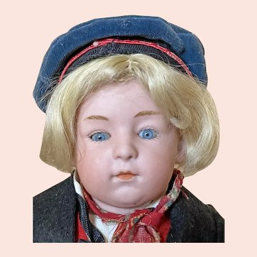"""Cute 11 1/2"""" Gebruder Heubach 6970 Closed Mouth Glass Eyed pouty"""