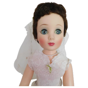 "Vintage 1950's Toni / Sweet Sue Sophisticate 20"" Vinyl Bride Rare Brunette in Original Bride Gown"