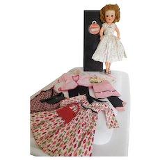 """Vintage 1950's Horsman 18"""" Cindy Vinyl Fashion w/ Wardrobe & Accessories"""