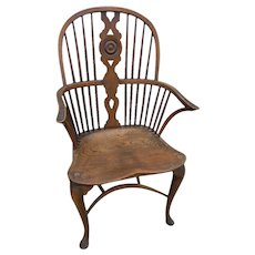 18th Century Windsor Arm Chair - Red Tag Sale Item