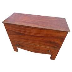 New England Mule Chest