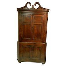 Elm Wood 18th Century Corner Cupboard