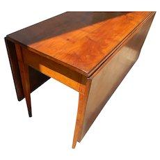 Antique Figured Walnut Hepplewhite Inlaid Dining Table of American Origin