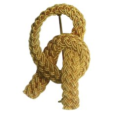 18 Karat Italian Mesh Knot Brooch, True Elegance