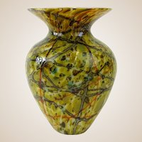 STEVEN LUNDBERG (American 1953 - 2008)  Outstanding Abstract Glass Art Vase