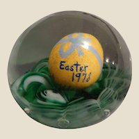 EASTER 1978 - Original Jim Davis Paperweight By The Magic Of Glass Company