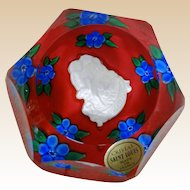 "SAINT LOUIS 1979 ""Amour"" faceted Cupid Sulphide Paperweight"