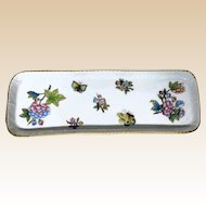 HEREND Porcelain Queen Victorian Pattern Dresser Tray