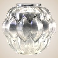 R. LALIQUE - Clear Glass Nivernais Vase. Circa 1927.
